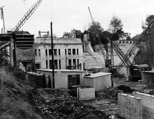 Construction-of-Leixlip-Dam-and-power-house-November-1948